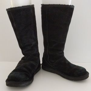 UGG Knightbridge Black Suede Tall Boots Size 6
